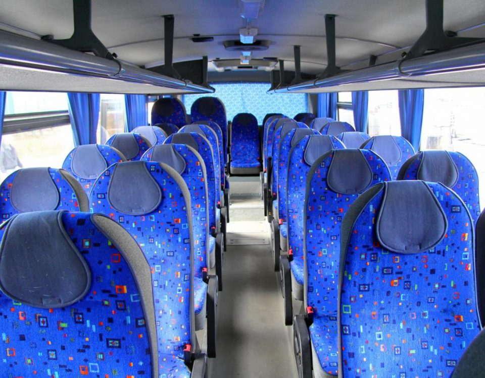Wynajem autokarow Torun autobusy wycieczkowe do wynajecia